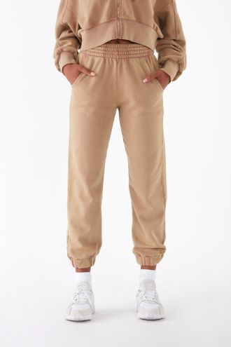 NÜWA Basic Organic Jogger Pants in Washed Camel