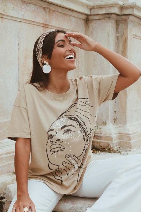Organic Cotton Graphic T-shirt in Beige
