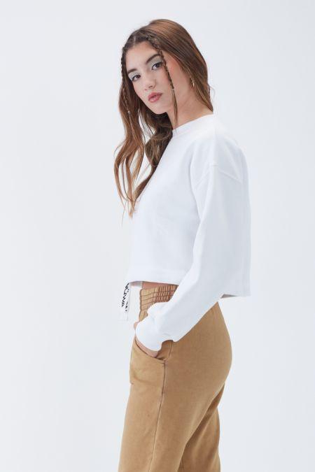 NÜWA Basic Organic Brushed Cropped Sweatshirt in White