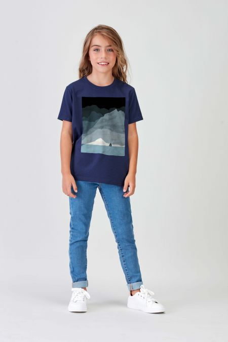 SAILBOAT - Recycled Graphic T-shirt in Navy