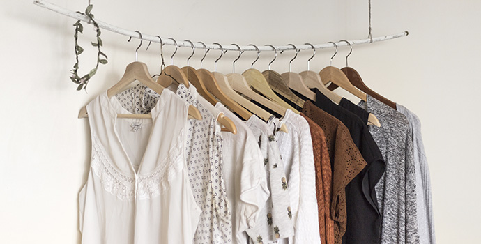 6 tips to help you declutter your closet