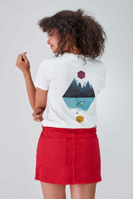 LAKE - Recycled Graphic T-shirt in Off White